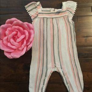 Carter's Baby Girl Romper• Newborn•NWOT